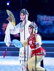 阿寶 & 王二妮 - 張燈結彩  2014年中央電視臺春節聯歡晚會 現場版